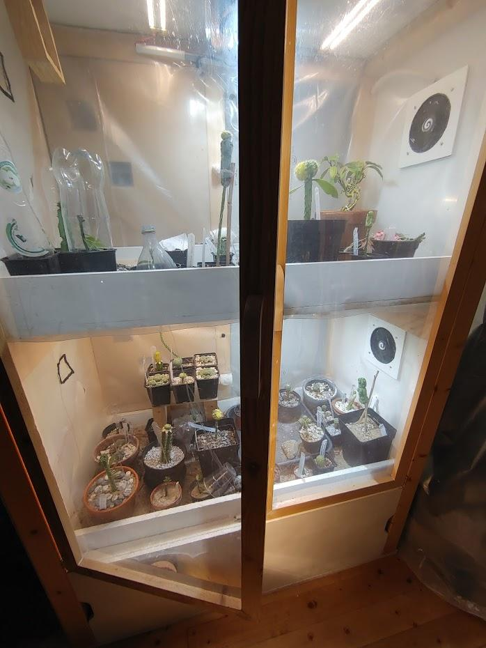Automated grow cabinet (not up to date)